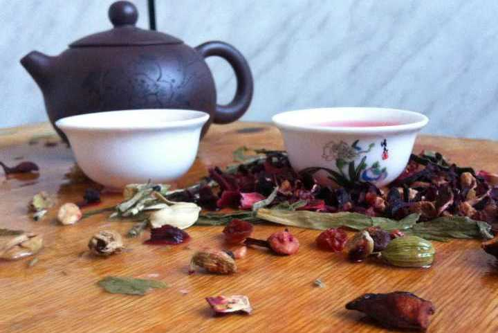 Фруктовый чай - лучший выбор для свидания. Фото: Ольга МАРКЕЛОВА