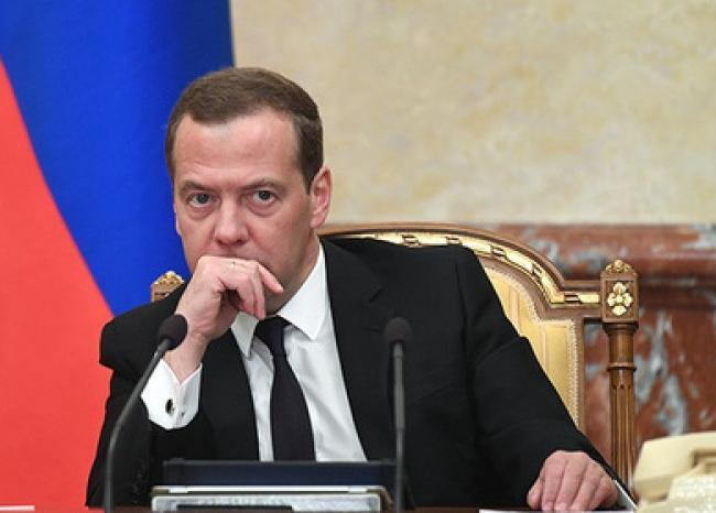 Переназначение Медведева расстроило большинство россиян