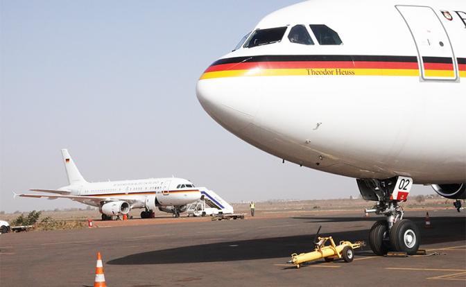 Мировой позор Германии: Airbus кабмина Меркель - это самолеты в один конец