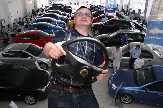 Комитет СФ поддержал закон о заморозке водительских прав должников