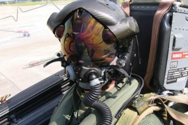 Божий глаз: секретный шлем американских пилотов