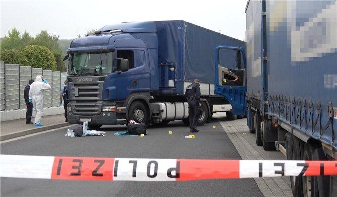 Кровавая резня из-за Крыма: За что в Германии чуть не убили калининградского дальнобойщика