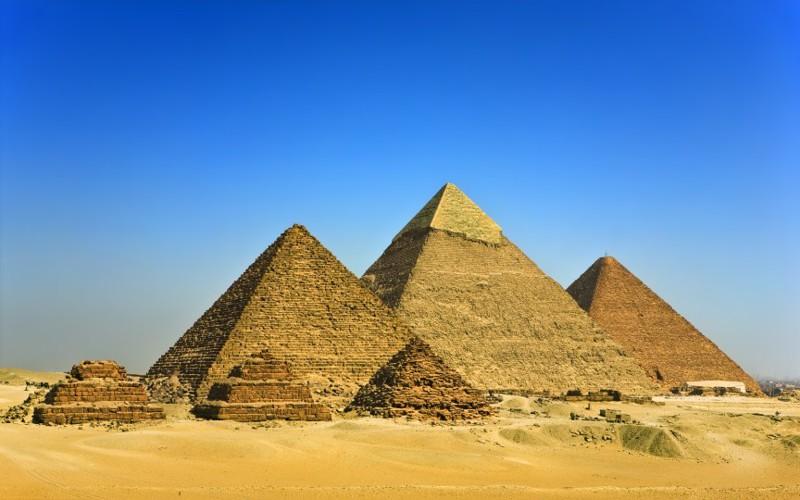 Великие пирамиды двигаются. интересное, факты