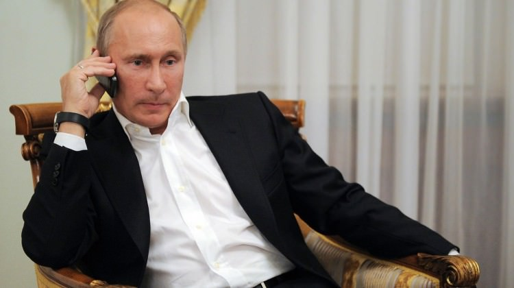 У Путина нет смартфона.