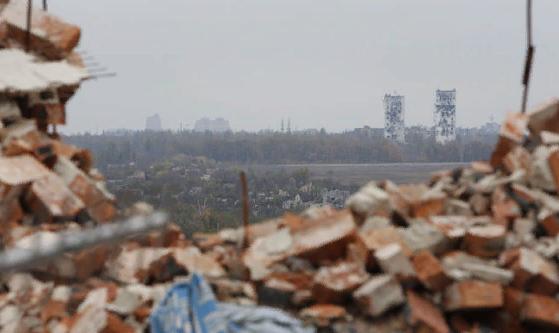 Волкер предложил передать Донбасс под управление ОБСЕ и ООН