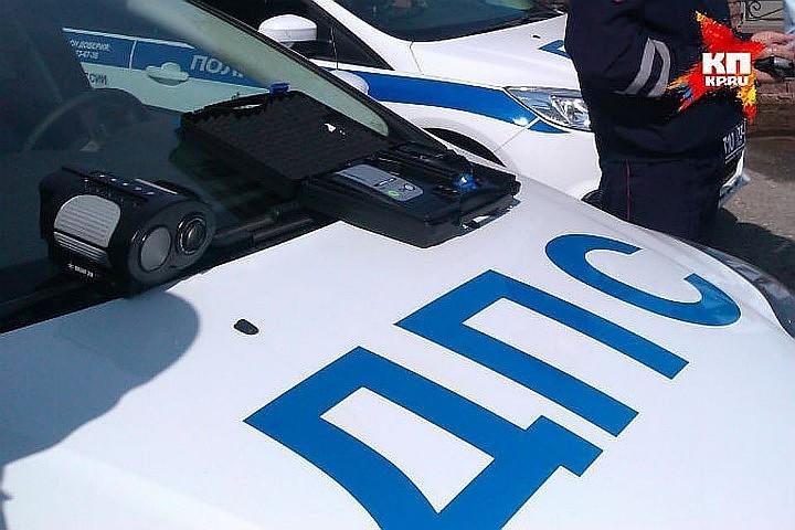 Под Москвой в аварии разбился мотоциклист с двумя детьми
