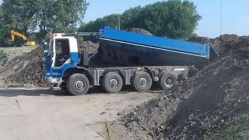 Забавные фото про грузовики и дальнобойщиков авто и мото