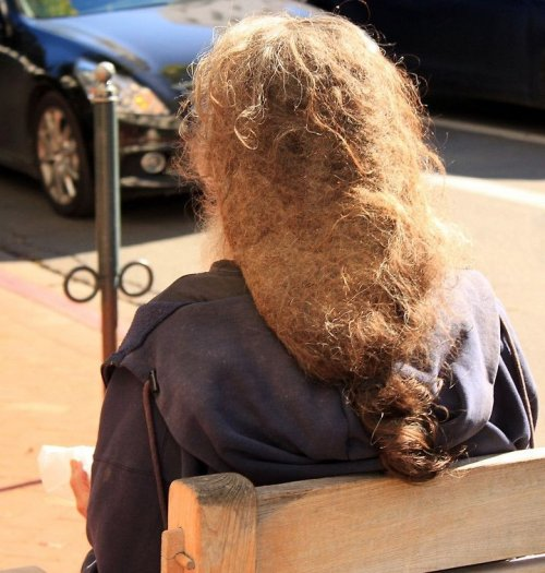 Люди, которым не нужны парик…