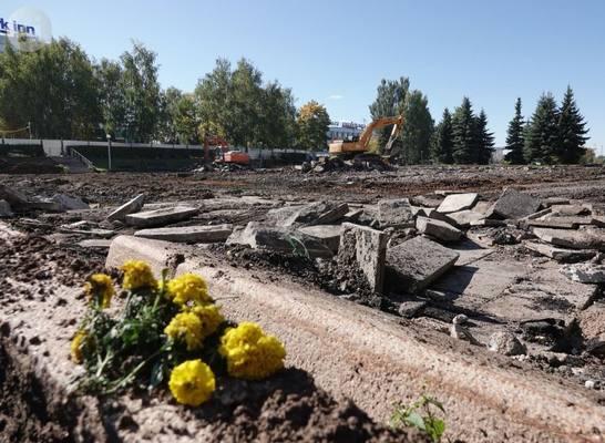 Массовой вырубки деревьев у Центральной площади Ижевска не будет