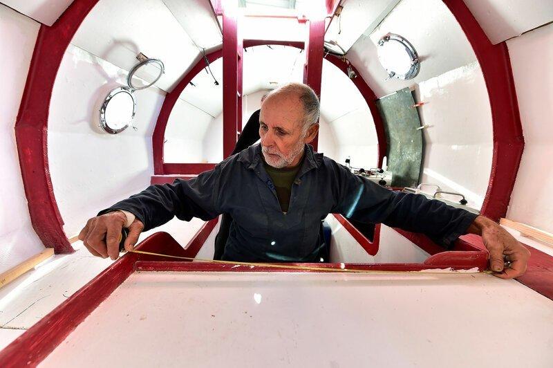 Французский пенсионер отправился в бочке через Атлантический океан Жан-Жак Савин, бочка, в мире, достижения, люди, океан, путешествие