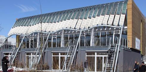 Soft House — мягкий и гибкий дом, функционирующий на солнечной энергии