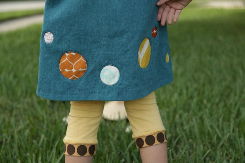Как сделать декоративные круги на платье