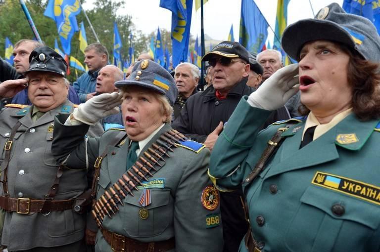 chto-dumayut-polyaki-o-sobitiyah-na-ukraine