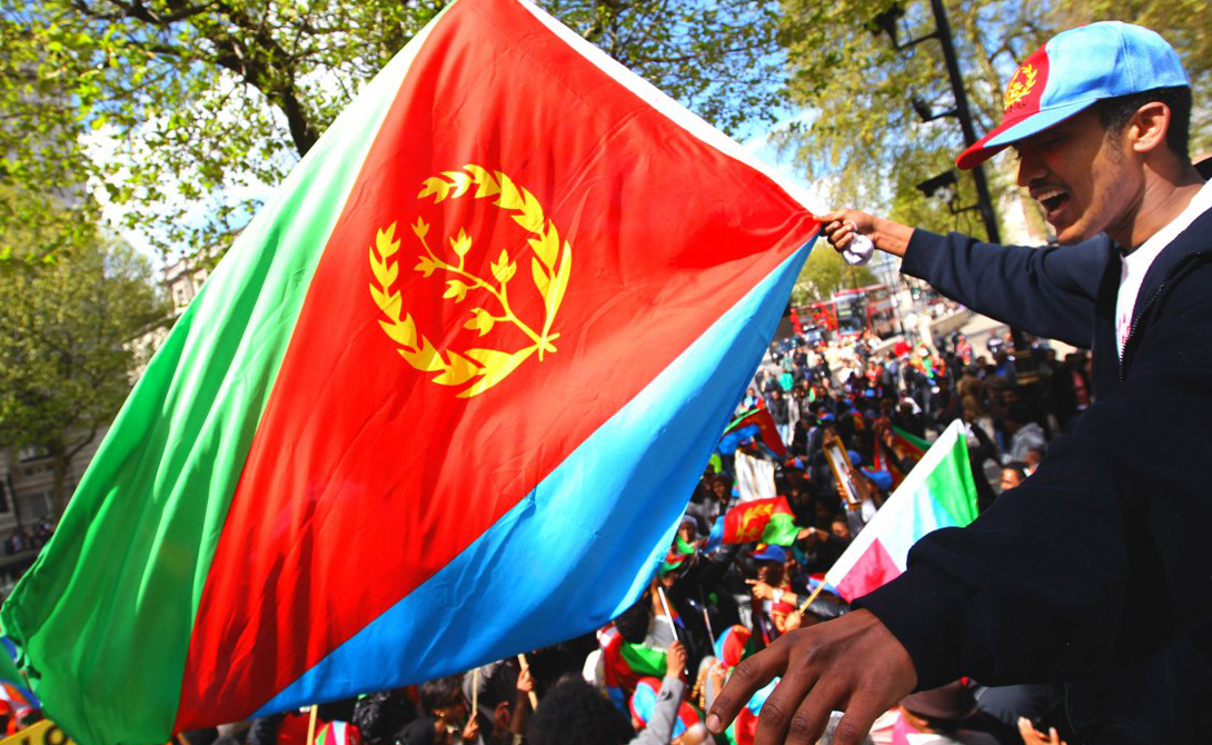Эритрея ВВП на душу населения: 400$ Удивительно: природные богатства Эритреи настолько внушительны, что страной могли бы заинтересоваться даже США с их стремлением насаждать демократию в местах, богатых нефтью. А вот местному населению так и не удалось поднять свой уровень жизни.