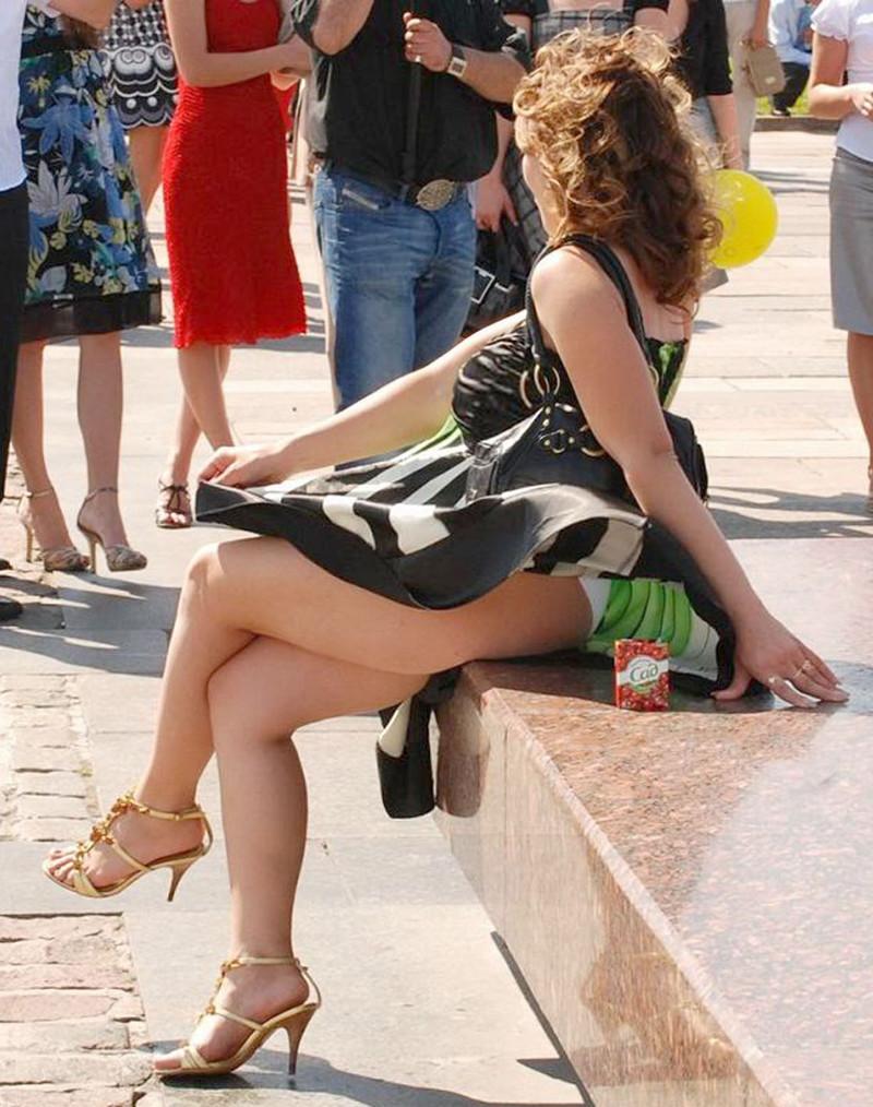Ветер и короткие юбки