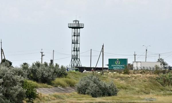 Аксенов: граничащие с Крымом…