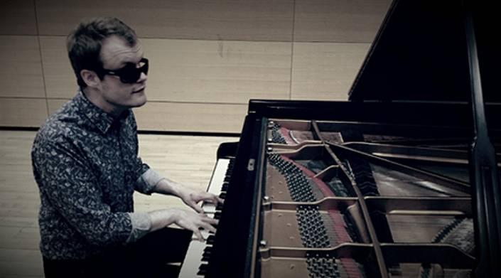 Дерек Паравичини: инвалидность и музыкальный гений – две стороны одной медали