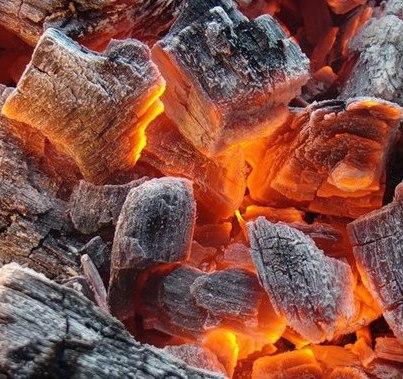Как сделать хорошие угли для шашлыка или барбекю