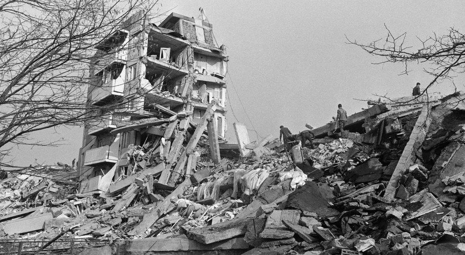 Спитакское землетрясение. Как Армению спасали сто народов