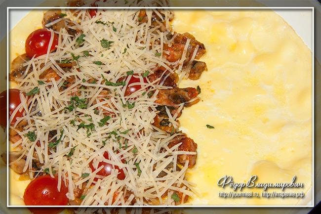 Прованский омлет с ветчиной и грибами