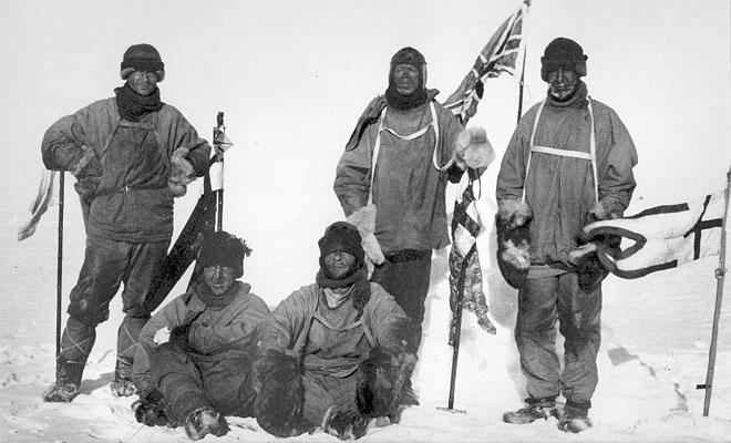 Полярники не замерзают даже при минус 70: смотрим, как менялась и устроена сейчас их одежда Культура