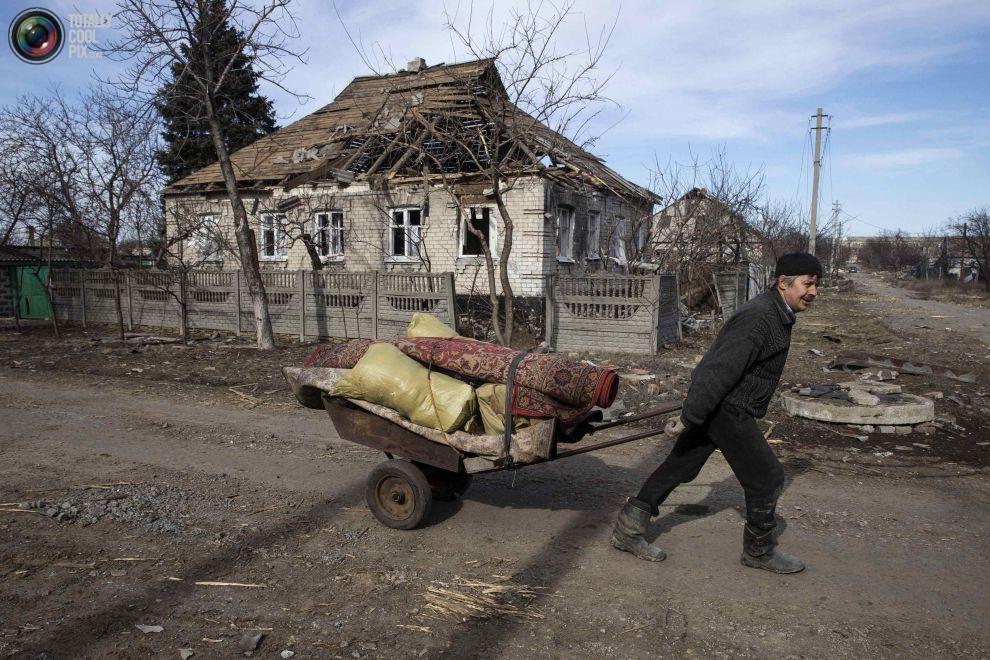 Руины Донбасса