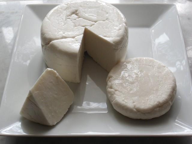 Сыр домашний сулугуни