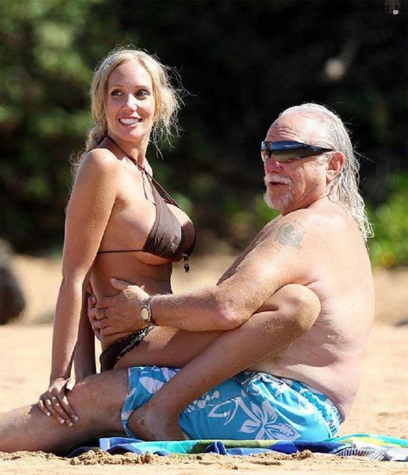 девушка со стариками должен быть тоненьким