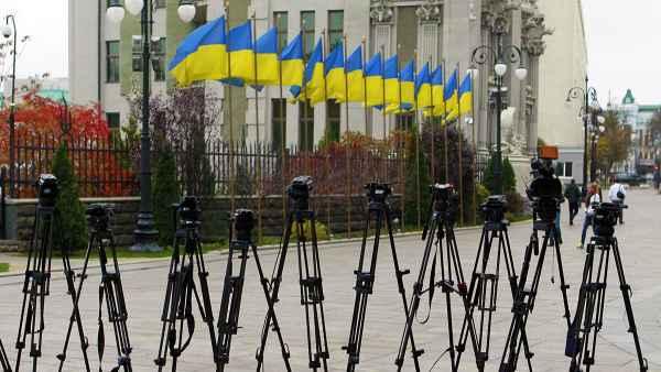 Отмена телемоста: Киев нарушает свободу слова