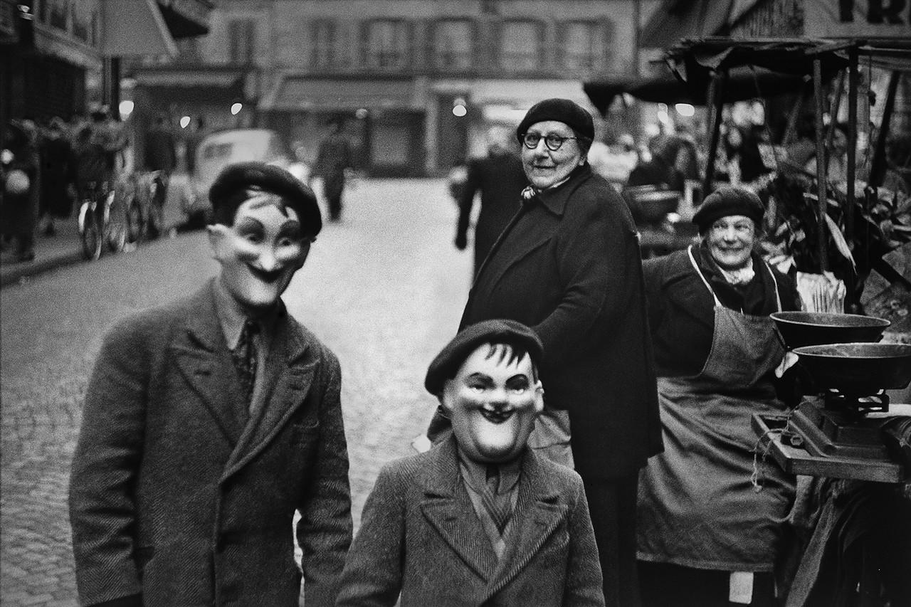 плакатов классики мировой фотографии покорил