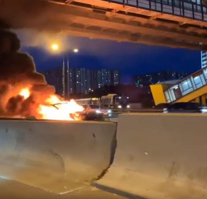 В Москве красиво разбилась и сгорела Tesla ДТП,Марки и модели,Электромобиль
