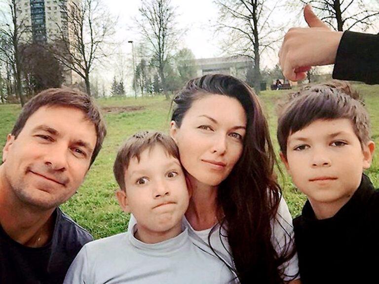 Как выглядят подросшие сыновья Такшиной и Антипенко