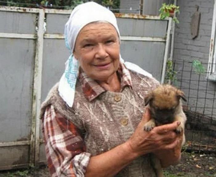 Андрея Данилко захейтили за скромные условия проживания его мамы