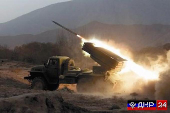 Срочно: Мощные обстрелы по всей линии фронта