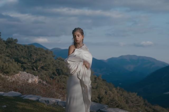 Feduk снял в новом клипе свою возлюбленную Сашу Новикову