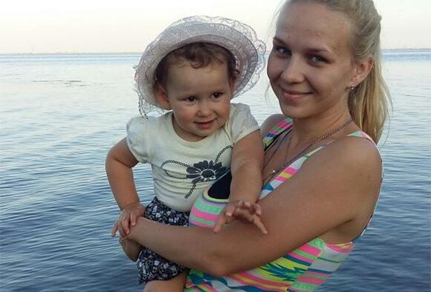 Елена и Настя Мачкалян