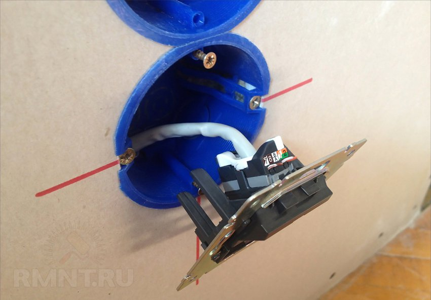 монтаж выключателя в подрозетник
