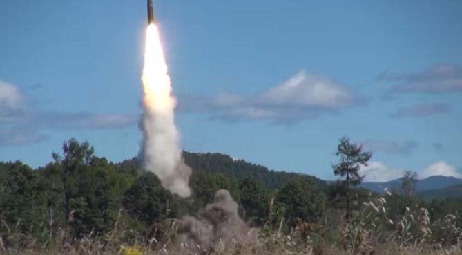 Минобороны опубликовало видео запуска «Искандером» баллистической ракеты