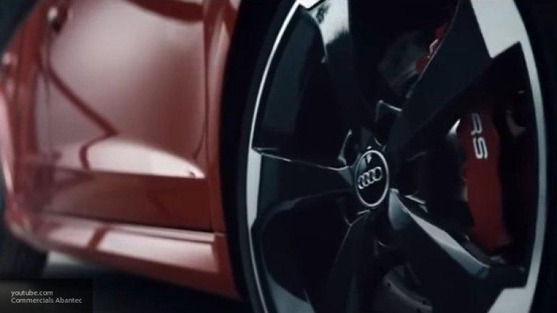 Опубликовано первое изображение обновленного суперкара Audi R8