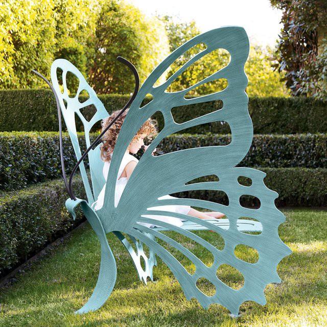 Скамейка в форме бабочки гаджет, дизайн, креатив