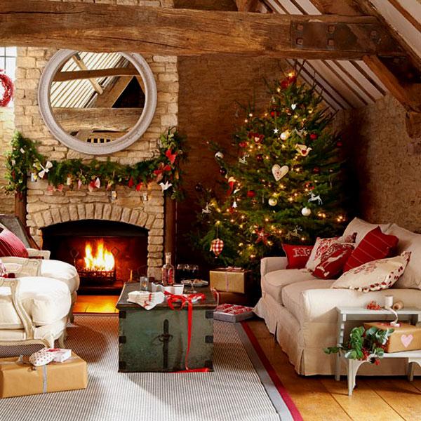 Украшаем свой дом к новогодним праздникам: рождественские идеи для гостиной
