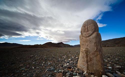 Природные феномены и верховная власть в традиционной культуре кочевников [Видео].