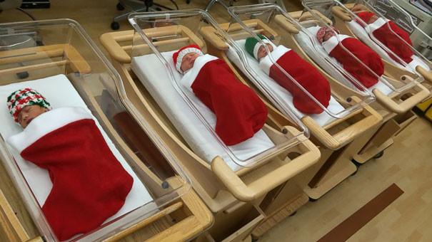 2. Самые лучшие новогодние подарки больница, медики, новый год, украшения