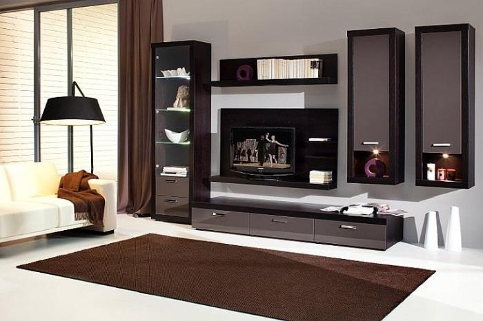 Модули мебельной стенки можно менять местами.