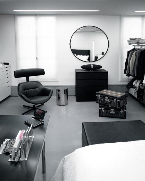 Квартира Карла Лагерфельда: как выглядит -прибежище эгоиста- в Париже