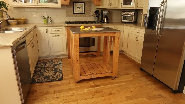 Сделала кухню удобнее: остров на колесах и со стальной столешницей для дома и дачи,мебель