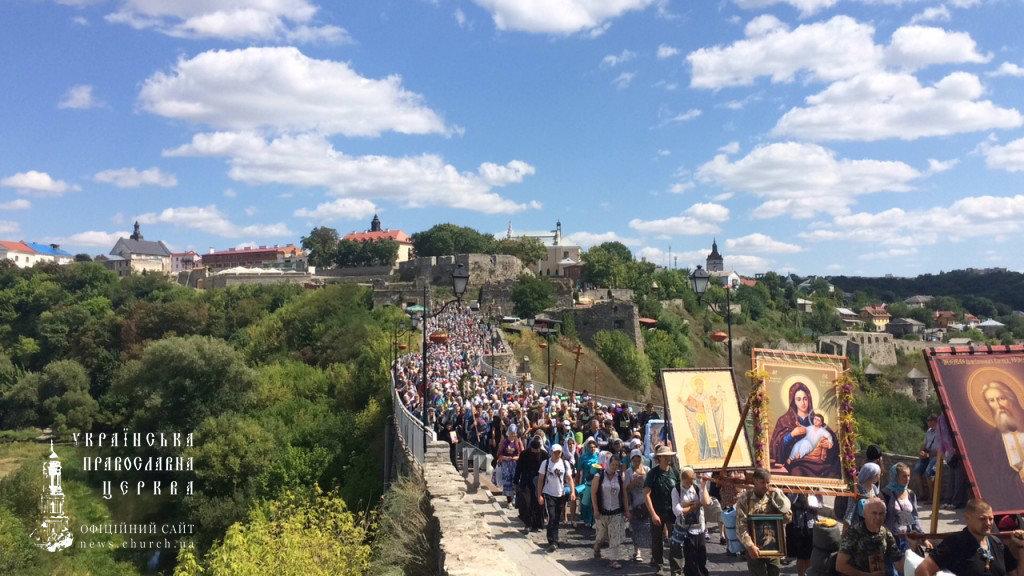 Православные Украины должны защитить Церковь от бандеровцев