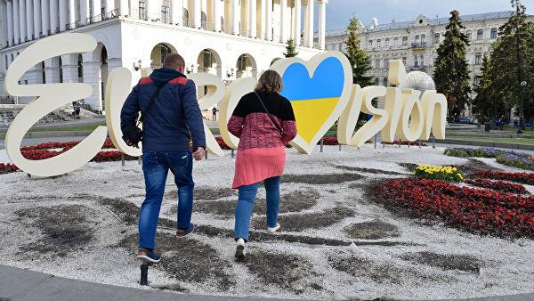 «Чей Крым? Ответ неверный!» Почему на Украине оскорбляют певцов и сатириков