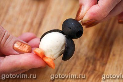 Пингвины из маслин и моцареллы, Шаг 06