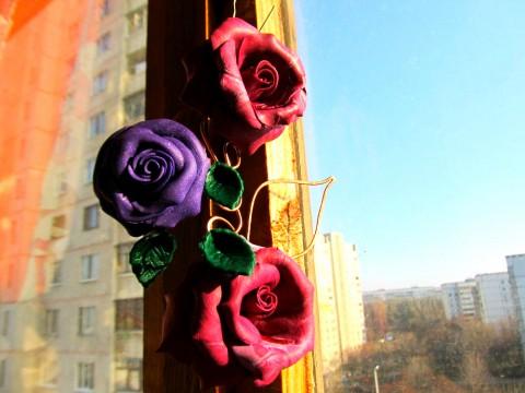 Розы Абракадабра. Брошь